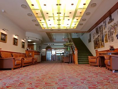High class hotel for fair price - Aranyhomok hotel Kecskemet - reception - wellness hotel Aranyhomok in Kecskemet - Kecskemet hotels