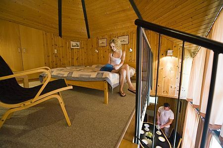 holiday resort at lake balaton club tihany bungalows in tihany wellness services. Black Bedroom Furniture Sets. Home Design Ideas