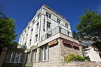 Business Hotel Jagello - nuovo albergo a 3 stelle a Budapest