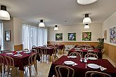 3 star city hotel Budapest - Friendly breakfast room in Jagello Business Hotel Budapest