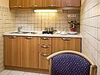 Business Hotel Jagello offers apartments with kitchen in Buda
