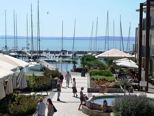 Yacht Harbor la Wellness Hotel Silverine Balatonfured