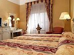 Romantist hotell med eleganta rum i Hotell Astoria City Center Budapest