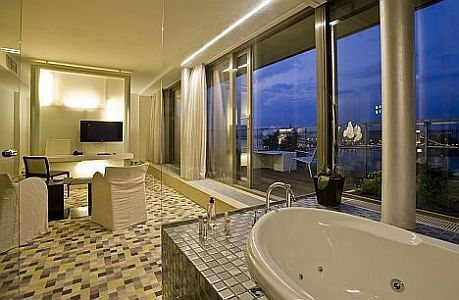 Lanchid 19 hotel in Budapest - suite with panoramic view