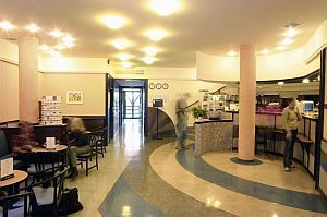 Hotel Corvin Budapest - 3-star hotel in Budapest close to River Danube