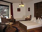 Cheap hotel Budapest - Hotel Molnar - triple room - hotel in the green belt of Budapest