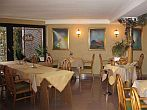 Hotel Molnar - family atmosphere - breakfast room - Budapest hotels