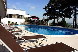 Hotel Kikelet Pecs - wellness weekend - outdoor pool