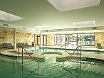 4* Wellness- und Thermalhotel Balneum Thermalwasserpool