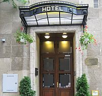 Hotel Metro Budapest - 3-star hotel close to Westend City Center in Budapest