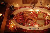 Massai bath in Hotel Shiraz - wellness packages in Egerszalok in Hotel Shiraz