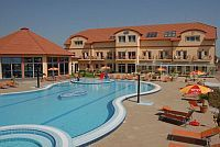 Aqua-Spa Wellness Hotel Cserkeszolo - new 4-star wellness hotel in Cserkeszolo