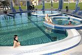 Aqua Spa Wellness Hotell Cserkeszolo - bassänger i hotellets wellness avdelning
