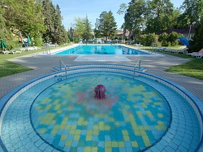 Outdoor pools of Hunguest Hotel Helios for a weekend in Heviz, with half board