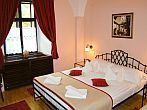 Hotel Klastrom, romantic hotelroom at affordable prices in Gyor