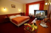 Hotel Korona Eger - available hotel room at affordable price in the centre of Eger
