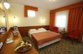 Hotel Korona Eger, cheap wellness hotel in the centre of Eger with online reservation