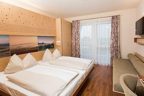 jufa thermal resort hotel celldomolk chambre disponible