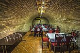 Patak Park Hotel - wine cellar in Visegrad with wine tasting