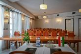 Conference room with high quality equipment in Hotel Budai