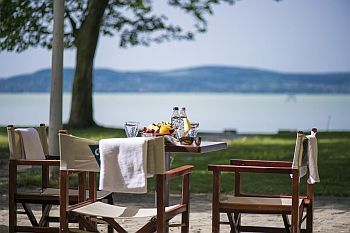 Hotel Familia Balatonboglar - discount hotel on the shore of lake Balaton
