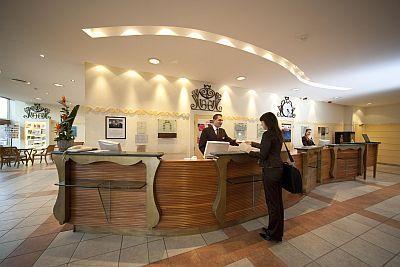 Hotel Mercure Buda**** Rabatt-Hotel am Südbahnhof