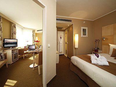 Mercure korona h tel chambre d 39 h tel conomique avec for Hotel economique