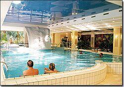 Wellness és Gyógymedence a Margitszigeten - Grand hotel Margitsziget Budapest, Wellness hétvége Budapesten a Grand és a Termál szállodában