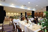 Goedkope hotels in Szeged - elegant, sfeervol restaurant in het thermaalhotel Forras - Hunguest hotels in Hongarije
